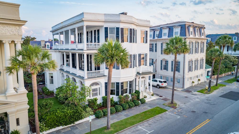31 E Battery Street, Charleston, SC 29401   MLS# 18020937